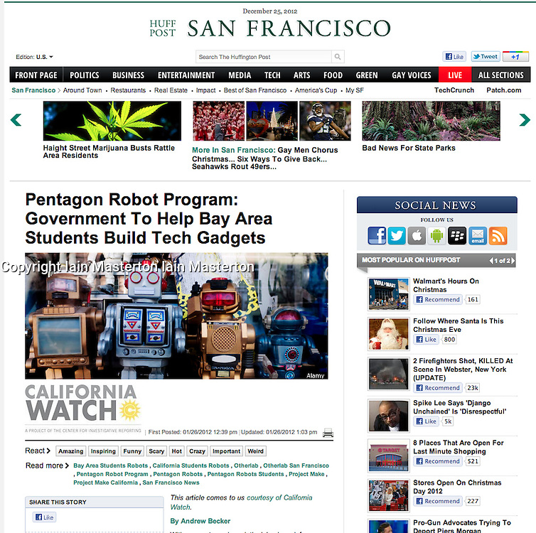 Huffington Post; Toy robots in shop window