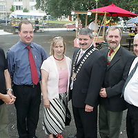 Development Committee Mike McKee (TC), Padraig MacCormaic, Geraldine Lombard (TC), Mayor of Shannon Tony Mulcahy, Tony McMahon (TC) and Sean McLoughlin pictured at the Launch of the farmers Market in Drumgeely, Shannon on Friday. Pic. Brian Arthur/ Press 22.