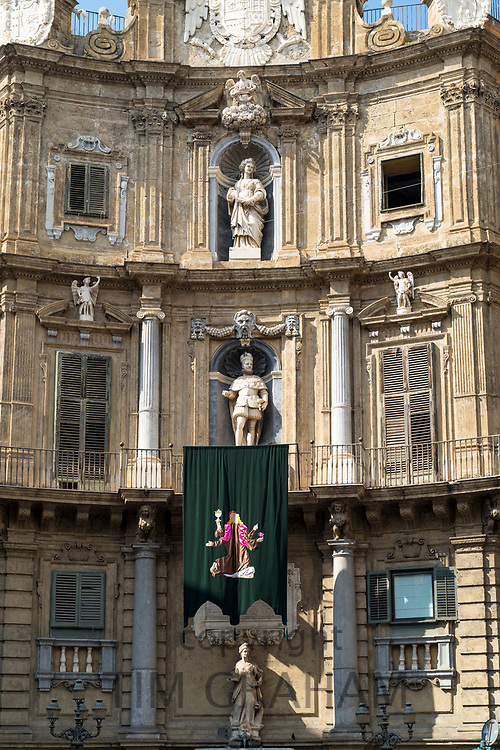 The famous Baroque style Quattro Canti, Piazza Vigliena, with statues and columns in centre of Palermo, Sicily, Italy