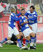 Fotball<br /> Bundesliga <br /> 24.11.2007<br /> Foto: Witters/Digitalsport<br /> NORWAY ONLY<br /> <br /> Jubel 0:1 v.l. Tobias Willi, Youssef Mokhatri, Blagoy Georgiev Duisburg<br /> Bundesliga Bayer 04 Leverkusen - MSV Duisburg
