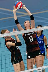 26-10-2019 NED: Talentteam Papendal - Sliedrecht Sport, Ede<br /> Round 4 of Eredivisie volleyball - Britte Stuut #9 of Talent Team