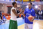 DESCRIZIONE : Brindisi  Lega A 2015-16 Enel Brindisi Sidigas Scandone Avellino<br /> GIOCATORE : James Nunnally Alexander Harris<br /> CATEGORIA : Before Pregame Fair Play Mani<br /> SQUADRA : Sidigas Scandone Avellino Enel Brindisi<br /> EVENTO : Enel Brindisi Sidigas Scandone Avellino<br /> GARA :Enel Brindisi Sidigas Scandone Avellino<br /> DATA : 13/03/2016<br /> SPORT : Pallacanestro<br /> AUTORE : Agenzia Ciamillo-Castoria/M.Longo<br /> Galleria : Lega Basket A 2015-2016<br /> Fotonotizia : <br /> Predefinita :