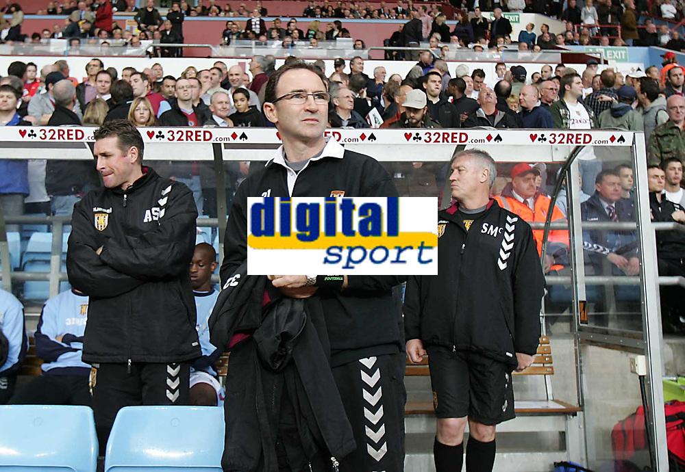 Photo: Lee Earle.<br /> Aston Villa v Fulham. The Barclays Premiership. 21/10/2006. Villa manager Martin O'Neill