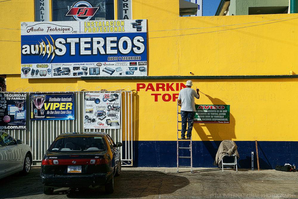 Auto Retail Store, Tijuana