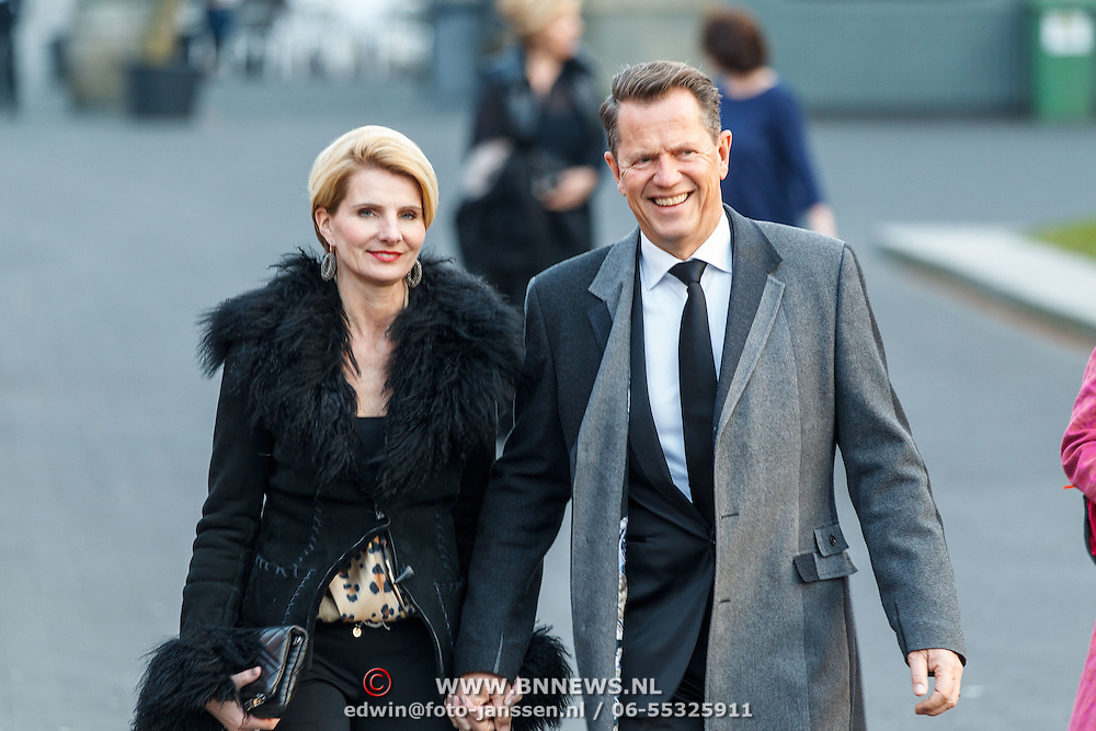 NLD/Hilversum/20150217 - Inloop Buma Awards 2015, Jan-Willem Brüggenwirth en partner