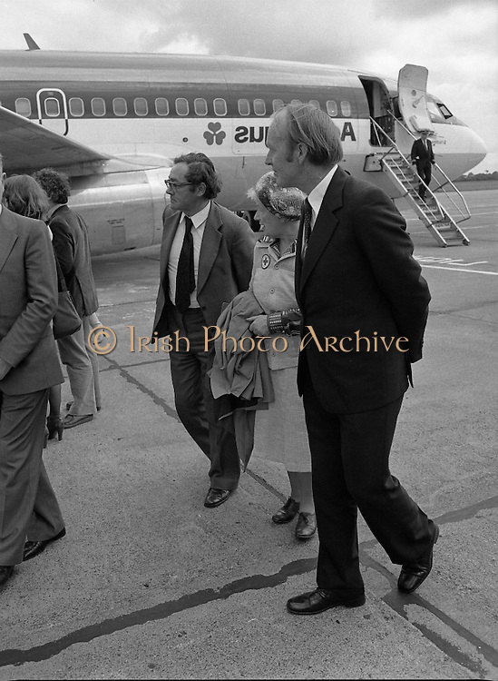Vietnamese Refugees Arrive In Ireland.   (M85)..1979..09.08.1979..08.09.1979..9th August 1979..As part of an UNHCR initiative, Ireland agreed to take some of the Vietnamese (boat people) refugees into the country. A temporary refugee centre has been set up in the grounds of Blanchardstown Hospital to accomodate the families, from where they will be assimilated into the community..Picture shows the Minister for Foreign Affairs, Mr Michael O'Kennedy TD, on hand to greet our new citizens.