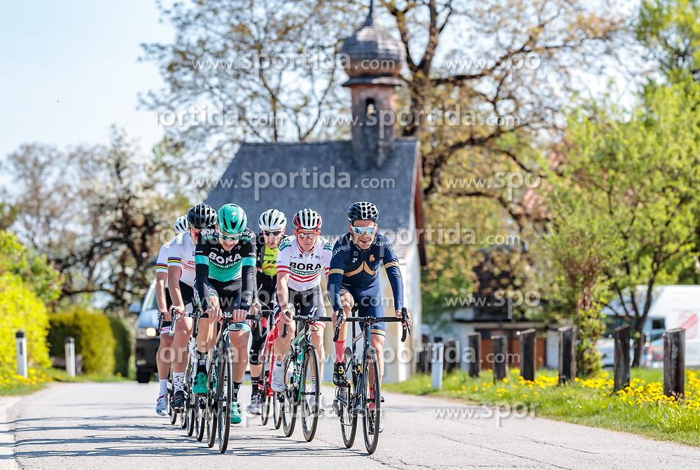 25.04.2018, Angerberg, AUT, ÖRV Trainingslager, UCI Straßenrad WM 2018, im Bild v.l.: Patrick Konrad (AUT), Gregor Mühlberger (AUT), Stefan Denifl (AUT) // during a Testdrive for the UCI Road World Championships in ANGERBERG, Austria on 2018/04/25. EXPA Pictures © 2018, PhotoCredit: EXPA/ JFK