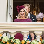 NLD/Den Haag/20190917 - Prinsjesdag 2019, Koningin Maxima op het balkon van het paleis