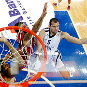 Anadolu Efes's Jordan Farmar (R) and Olympiacos's during their Turkish Airlines Euroleague Basketball Group C Game 2 match Anadolu Efes between Olympiacos at Abdi ipekci Arena in Istanbul, Turkey, Friday, October 19, 2012. Photo by TURKPIX