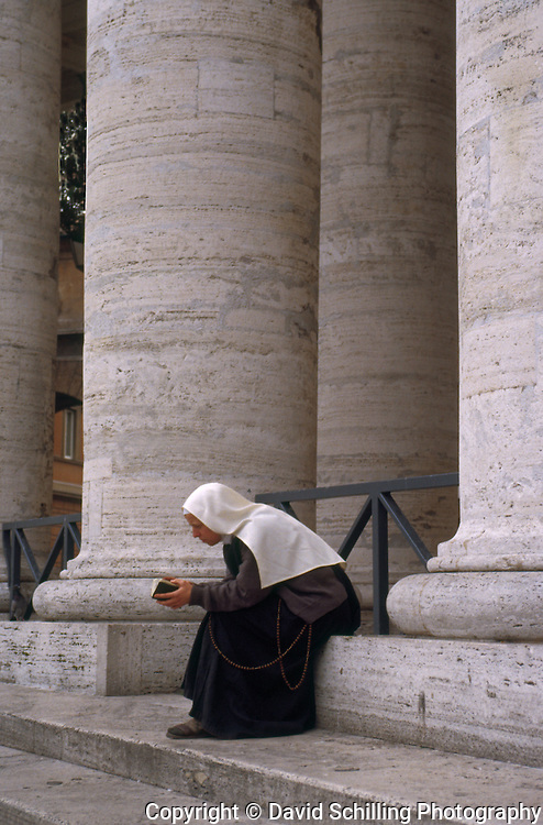 Nun praying at the Vatican