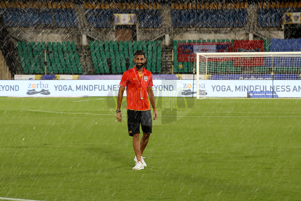 Amrinder Ranjit Singh Goalkeeper of Mumbai City FC arrive before the start of the match 27 of the Hero Indian Super League 2018 ( ISL ) between Chennaiyin FC  and Mumbai City FC  held at the Jawaharlal Nehru Stadium, Chennai, India on the 3rd November 2018<br /> <br /> Photo by: Faheem Hussain /SPORTZPICS for ISL