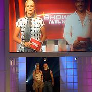 NLD/Hilversum/20060818 - Opname RTL Sterren Dansen op het IJs, Ellemiek Vermolen met schaatspartner Nicholas Keagan