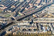 Nederland, Noord-Holland, Amsterdam, 28-10-2016; Helmersbuurt, Overtoom, Overtoomsesluis. Baarsjesweg, Kostverlorenkade.<br /> Amsterdam South next to Vondel park.<br /> <br /> luchtfoto (toeslag op standard tarieven);<br /> aerial photo (additional fee required);<br /> copyright foto/photo Siebe Swart