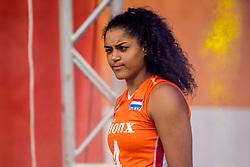 01-10-2017 AZE: Final CEV European Volleyball Nederland - Servie, Baku<br /> Nederland verliest opnieuw de finale op een EK. Servië was met 3-1 te sterk / Celeste Plak #4 of Netherlands