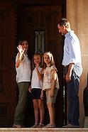 030815 Spanish Royals family photo session at Marivent Palace