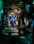 Photo d'un rondier Ernercal pendant son inspection sur le site de production électrique de Doniambo à Nouméa, Nouvelle Calédonie.