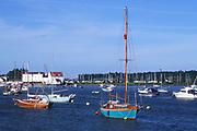 AREJJ7 Boats moored on River Deben, Woodbridge, Suffolk, England