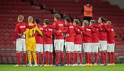 Det danske landshold under nationalsangen før kampen i Nations League mellem Danmark og Island den 15. november 2020 i Parken, København (Foto: Claus Birch).
