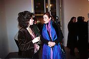 Molly Dent-Brocklehurst and Lady Foster, Product: Richard Hamilton private view, Gagosian Gallery. London. 13 January 2003.  © Copyright Photograph by Dafydd Jones 66 Stockwell Park Rd. London SW9 0DA Tel 020 7733 0108 www.dafjones.com