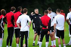 Bristol City's first team coach, John Pemberton talks to the squad - Photo mandatory by-line: Dougie Allward/JMP - Tel: Mobile: 07966 386802 28/06/2013 - SPORT - FOOTBALL - Bristol -  Bristol City - Pre Season Training - Npower League One