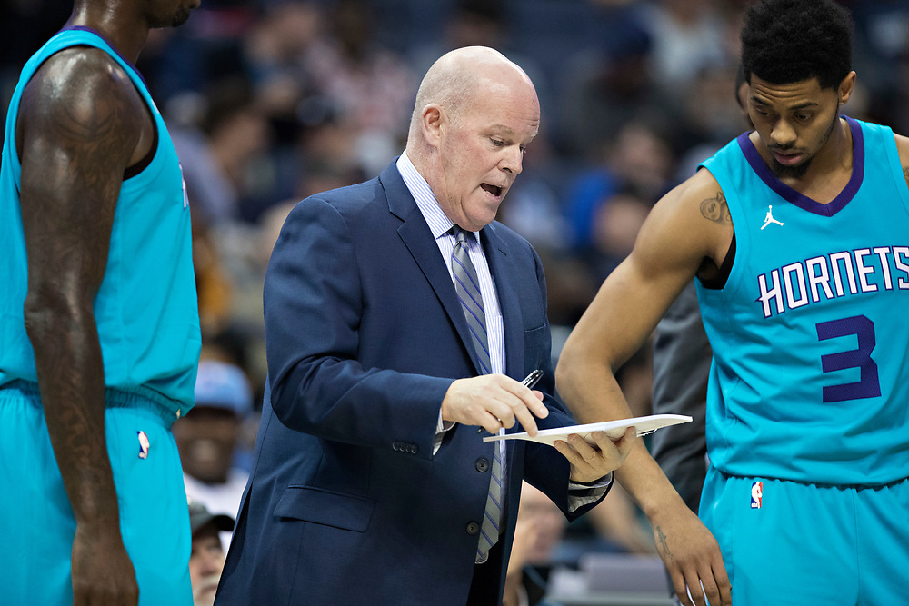 MEMPHIS, TN - OCTOBER 30:  Head Coach Steve Clifford of the Charlotte Hornets talks with team during timeout during a game against the Memphis Grizzlies at the FedEx Forum on October 30, 2017 in Memphis, Tennessee.  NOTE TO USER: User expressly acknowledges and agrees that, by downloading and or using this photograph, User is consenting to the terms and conditions of the Getty Images License Agreement.  The Hornets defeated the Grizzlies 104-99.  (Photo by Wesley Hitt/Getty Images) *** Local Caption *** Steve Clifford