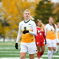 4th year midfielder Nikita Senko (9) of the Regina Cougars in action during the Women's Soccer home game on October 21 at U of R Field. Credit: Arthur Ward/Arthur Images