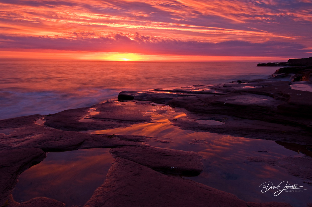 Dawn skies over Gulf of St. Lawrence and Campbell's cove beach, Campbell's Cove, PE/PEI, Canada