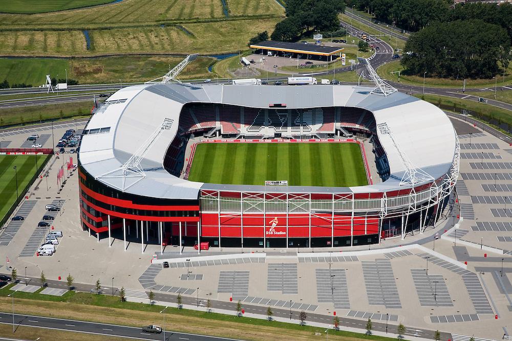 Nederland, Noord-Holland, Alkmaar, 14-07-2008; DSB Stadion van AZ, de grasmat bestaat uit en mengsel van normaal gras en kunstgras.AZ '67; Dirk Scheringa Bank, . .luchtfoto (toeslag); aerial photo (additional fee required); .foto Siebe Swart / photo Siebe Swart