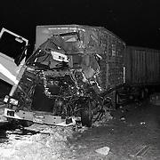 NLD/Amersfoort/19910211 -  Onegval A28 ter hoogte van Amersfoort, 3 vrachtwagens, 3 zwaargewonden