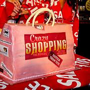 NLD/Amsterdam/20100531 - 1e Repetitiedag Crazy Shopping de Musical, taart