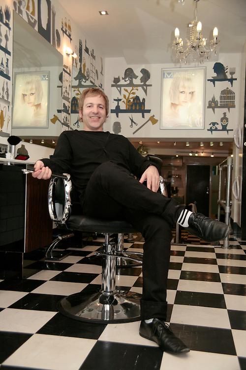 Stavros Konstantinou, Oskar Pink Salon, Camden