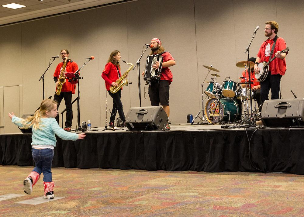 Chardon Polka Band performs at the JSK Center at First Night Akron 2017.