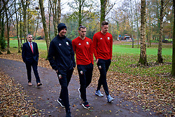 CARDIFF, WALES - Friday, November 16, 2018: Wales' physio Danny Murphy, Gareth Bale and goalkeeper Wayne Hennessey during a pre-match walk at the Vale Resort ahead of the UEFA Nations League Group Stage League B Group 4 match between Wales and Denmark. (Pic by David Rawcliffe/Propaganda)