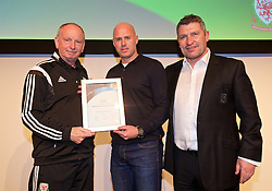 NEWPORT, WALES - Saturday, May 21, 2016: Lennie Lawrence and Osian Roberts present the FAW Pro Licence Coaching Award Certificate to Robert Page during the Football Association of Wales' National Coaches Conference 2016 at the Celtic Manor Resort. (Pic by David Rawcliffe/Propaganda)