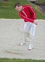 ALKMAAR - Instructie in de bunker met golfprofessional WIEBE GIESEN  FOTO KOEN SUYK