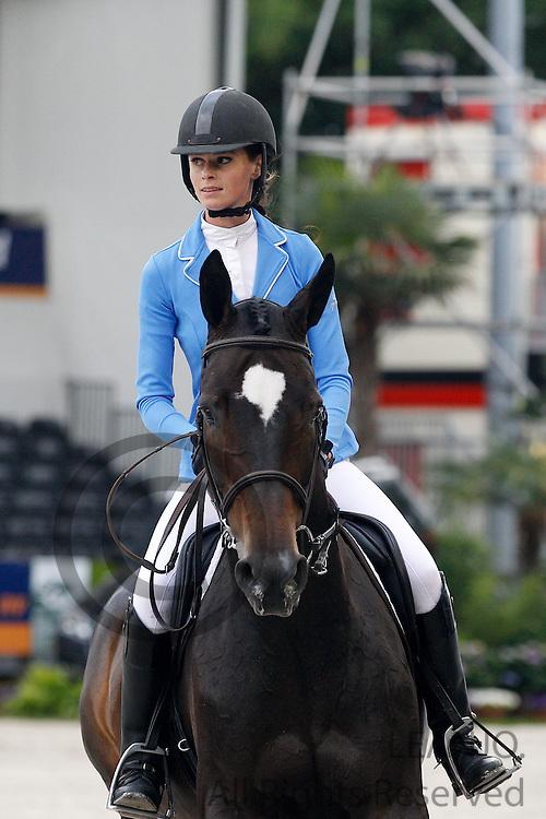 Stephanie van den Bosch - Valuchi<br /> CHIO Rotterdam 2012<br /> © DigiShots