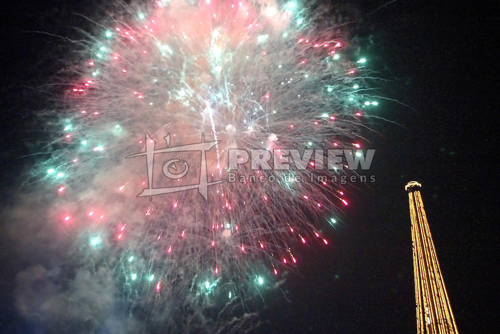 Festa de Reveillon na Usina do Gasômetro em Porto Alegre. Foto: Marcos Nagelstein/Preview.com