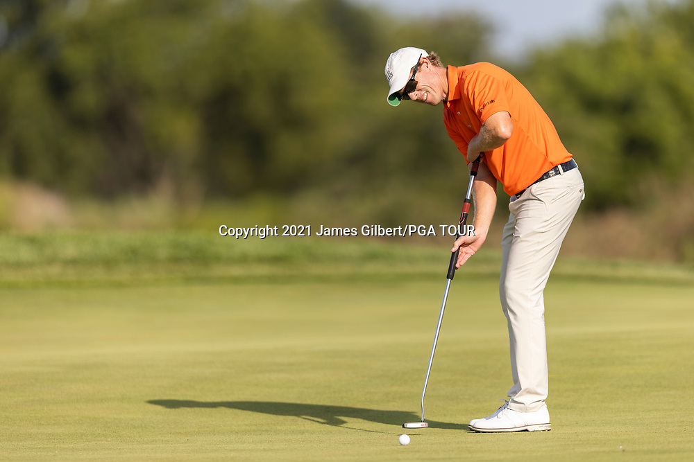 NEWBURGH, IN - SEPTEMBER 03: David Hearn of Canada putts on the 9th green during the second round of the Korn Ferry Tour Championship presented by United Leasing and Financing at Victoria National Golf Club on September 3, 2021 in Newburgh, Indiana. (Photo by James Gilbert/PGA TOUR via Getty Images)