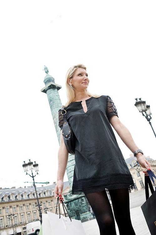 """Paris, France 21 August 2008.Sophie Reisinger is a """"personal shopper"""", her work consist to advice people how to shop...Reportage Quartier Colette, Paris...Photo: EZEQUIEL SCAGNETTI  ©.www.ezequiel-scagnetti.com"""