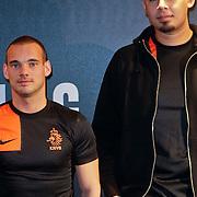 NLD/Amsterdam/20120223 - Presentatie nieuwe uit teneu Nederlands Elftal 2012 / 2013, Wesley Sneijder en dj Afrojack