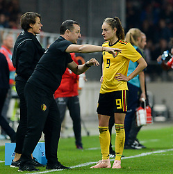 October 9, 2018 - Biel, SWITZERLAND - Belgium's head coach Ives Serneels and Belgium's Tessa Wullaert talk during a soccer game between Switzerland and Belgium's national team the Red Flames, Tuesday 09 October 2018, in Biel, Switzerland, the return leg of the play-offs qualification games for the women's 2019 World Cup. BELGA PHOTO DAVID CATRY (Credit Image: © David Catry/Belga via ZUMA Press)