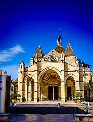 Notre Dame church in Beaune, Burgundy, France<br /> <br /> (c) Andrew Wilson   Edinburgh Elite media