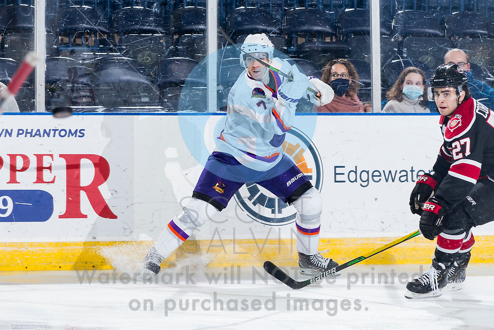 The Youngstown Phantoms defeat the Chicago Steel 5-2 at the Covelli Centre on January 23, 2021.<br /> <br /> Austen May, defenseman, 7