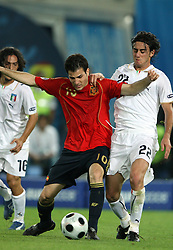 Cesc Fabregas of Spain vs Alberto Aquilani of Italy during the UEFA EURO 2008 Quarter-Final soccer match between Spain and Italy at Ernst-Happel Stadium, on June 22,2008, in Wien, Austria.  (Photo by Vid Ponikvar / Sportal Images)