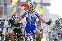 Sykkel<br /> Foto: PhotoNews/Digitalsport<br /> NORWAY ONLY<br /> <br /> 27/03/2011<br /> 73ste GENT - WEVELGEM<br /> <br /> Tom Boonen (Quickstep) - Tyler Farrar (Garmin) - Danielle Bennati (Leopard Trek) - Andre Greipel (Omega Pharma - Lotto)