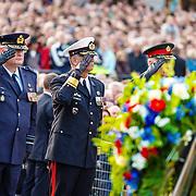 NLD/Amsterdam/20160504 - Nationale Dodenherdenking 2016 Dam Amsterdam, kranslegging generaals der Strijdkrachten