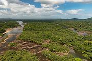 Essequibo River<br /> Iwokrama<br /> Rupununi<br /> GUYANA<br /> South America<br /> Longest river in Guyana