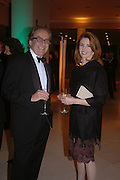 Gerald Scarfe and Jane Asher. Dinner at the opneing of Degas, Sickert and Toulouse-Lautrec. Tate Britain. Pimlico, London.  London. 3 October 2005. . ONE TIME USE ONLY - DO NOT ARCHIVE © Copyright Photograph by Dafydd Jones 66 Stockwell Park Rd. London SW9 0DA Tel 020 7733 0108 www.dafjones.com