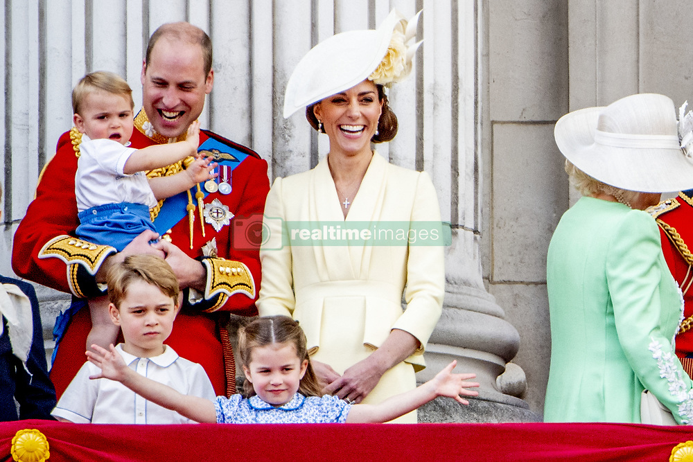 Duke and Duchess of Cambridge with their children, Prince George, Princess Charlotte and Prince Louis. British Royal family on the balcony during celebration of the Trooping the Colour in London, UK, on June 08, 2019. Meghan Duchess of Sussex Princess Meghan Markle and Prince Harry British Royal Family at Trooping the Colour Queen Elizabeth, The Prince of Wales Charles, The Duchess of Cornwall Camilla, The Duke and Duchess of Cambridge, Prince George, Princess Charlotte Prince Louis Arthur Charles , Prince Andrew and Princess Anne in London, United Kingdom, trooping the colour , The annual trooping the color is to honor the Queens official birthday. Photo by Robin Utrecht/ABACAPRESS.COM