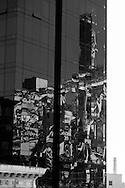 New York, The queensborro bridge, reflection on a mirror tower